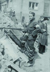 Barikáda U Paloučku Táborská Praha 4 květen 1945